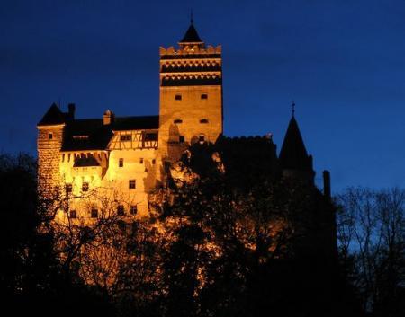 castillo-bram.jpg