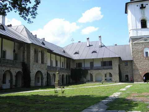monasterio-rumania.jpg