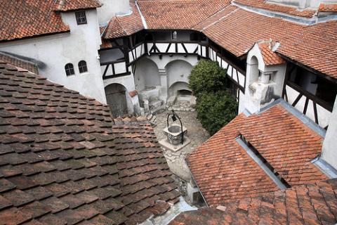 castillo-bran.jpg